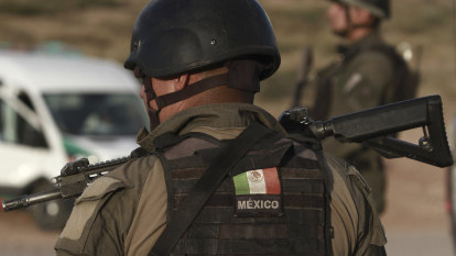 Mexican police find 50 bodies in house