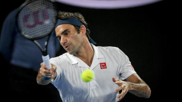 Swiss champ Roger Federer on his way to a straight-sets win over American Taylor Fritz.