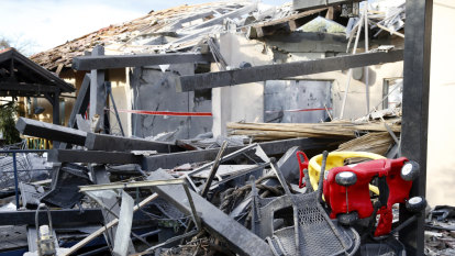 Six hurt near Tel Aviv in Gaza rocket strike, Netanyahu to cut US visit short
