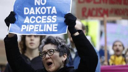 In a win for activists, US judge orders shutdown of Dakota Access pipeline