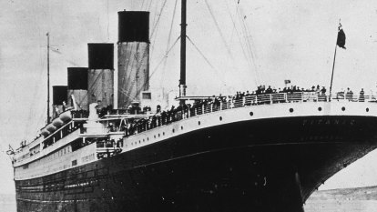 US firm plans to cut open Titanic with robots and extract prized radio