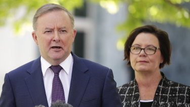 Opposition Leader Anthony Albanese and WA MP Madeleine King.