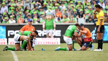 Canberra players Ryan James and Sebastian Kris were concussed in the same tackle last week, but that wouldn't have been enough for the Raiders to use their 18th man.