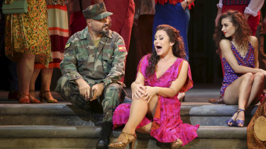 Veronica Simeoni as Carmen.