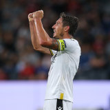 Mark Milligan will retire from professional football at the end of the A-League season.
