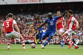 Romelu Lukaku shoots for Chelsea.