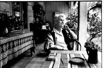 Nora Heysen at home in 1993.