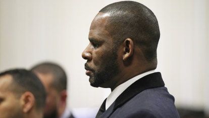 R. Kelly accused of paying off family at centre of his 2008 trial
