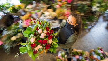North Carlton florist Rahnee Moller called in friends to help rush out Valentine's Day orders before lockdown.
