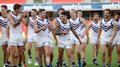 Crows coach to check in with players over camp after loss to Dockers