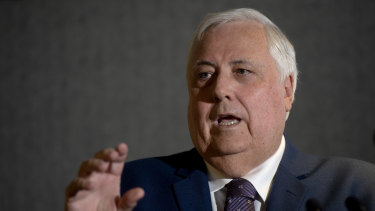 """United Australia Party leader Clive Palmer has alleged the federal government planned to """"destroy"""" him."""