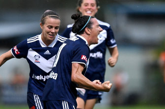 Lisa De Vanna celebrates a goal during Victory's win over the Roar.