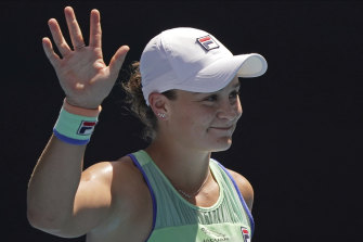 Ashleigh Barty waves to the crowd after beating Petra Kvitova in straight sets.