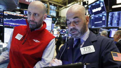 Mixed messages on trade weigh on Wall Street