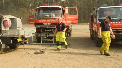 South Coast 'open for business' as fire crews anticipate cooler conditions for next week