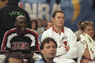Luc Longley with Bulls teammates Michael Jordan and Steve Kerr in 1997.