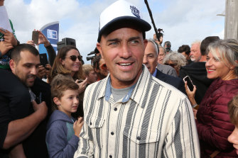 Surfing great Kelly Slater has grand plans for the a man-made wave pool in California.