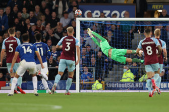 Andros Townsend watches his long-range strike beat Burnley goalkeeper Nick Pope at Goodison Park.