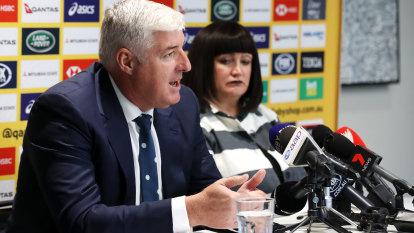 'Unbankable': Farr-Jones' scathing take-down of Rugby Australia board