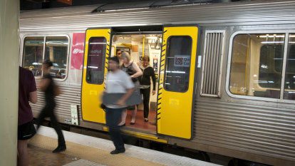 Minister says Queensland Rail's $28 million overtime bill 'normal'