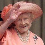 The Queen Mother at 100:  I got the most gloriously long chatty letter, the kind one chook fanatic writes to another.
