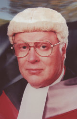 Justice David Hunt presiding over the Milat trial.