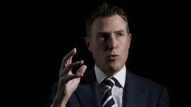 Christian Porter says he is close to reaching agreement with Centre Alliance over his union-busting bill.