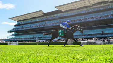 Winx sails to victory in the front of the Queen Elizabeth  grandstand