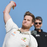 Smith plays straight bat to captaincy questions