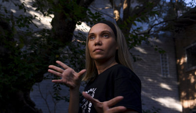 Indigenous dance school finds feet in face of COVID-19 crush