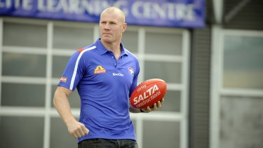 Barry Hall taking in his new surroundings at Whitten Oval in 2009.