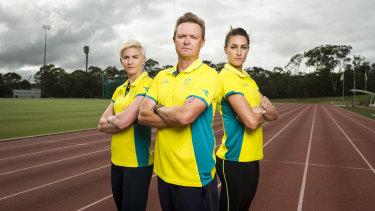 Melissa Breen, coach Matt Beckenham and Lauren Wells.