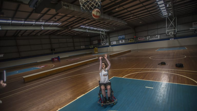 Canberra's Annabelle Lindsay is off to the worlds.