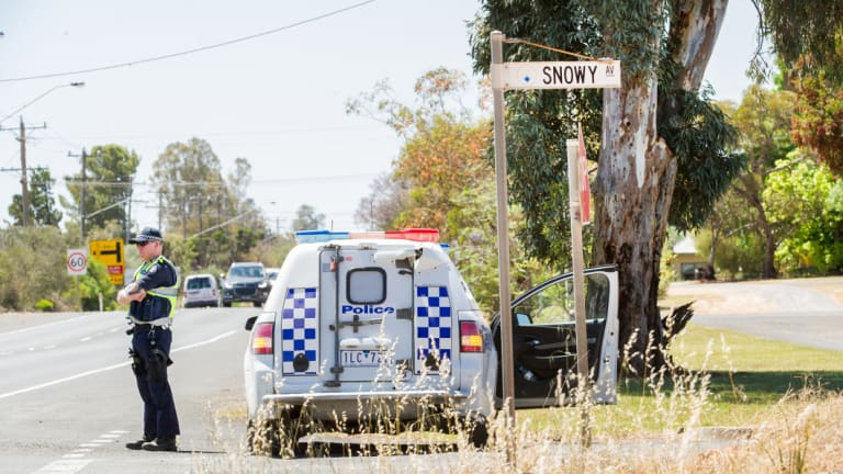 Police at the crime scene on Snowy Avenue, Red Cliffs.