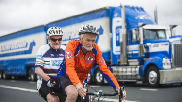 Fitability tandem cyclists Peter Granleese and Glenn Cocking on the Barton Highway.