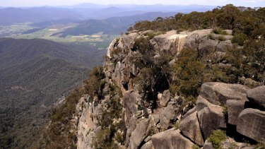 Experienced hikers on Mount Buffalo say it is important to stick to the tracks.