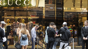 Much is riding on the RBA's attempt to boost consumers' spirits with lower interest rates.
