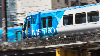 Metro Trains reap cash haul despite late and cancelled trains
