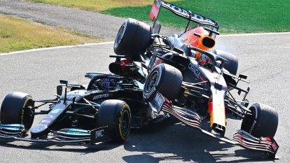 Red Bull adviser claims Hamilton neck injury was 'put on for show'