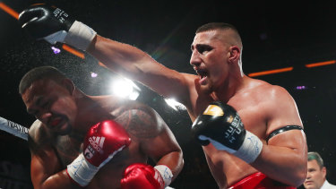 Justis Huni shows the sort of form that has him as Australia's most lauded heavyweight prospects in years.