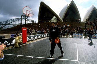 Still relatively unknown, Bryant held camps in Sydney and made a promotional appearance at the Opera House back in August, 1998.
