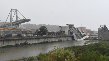 The disaster occurred on a highway that connects Italy to France.
