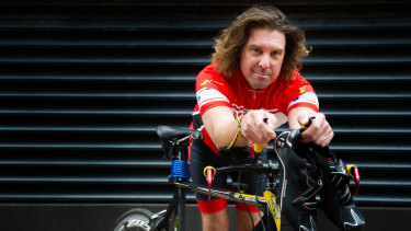 Rod Marshdale, of Albury, is in Canberra to compete in a triathlon in the national capital on Saturday after receiving a double lung transplant.
