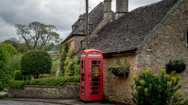 124d221d401 A restored phone booth now houses a defibrillator in the village of Upper  Slaughter
