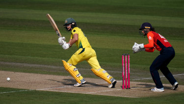 Champ Ellyse: Australian allrounder Ellyse Perry on her way to scoring 47 in the third T20 against England.