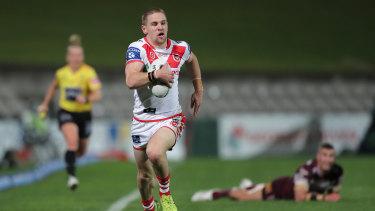 Matt Dufty streaks away to score in St George Illawarra's win over Manly.