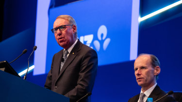 Mr Gonski addressing shareholders in Perth.
