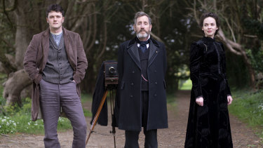 Kerr Logan as Conall Molloy, Michael Smiley as Brock Blennerhasset and Eileen O'Higgins as Nancy Vickers in Dead Still.