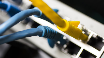 Widespread internet outages across Australian ISPs