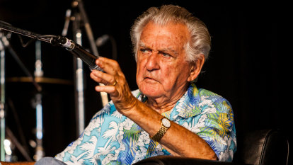 Bob Hawke's Woodford ballad his last message for festival he loved